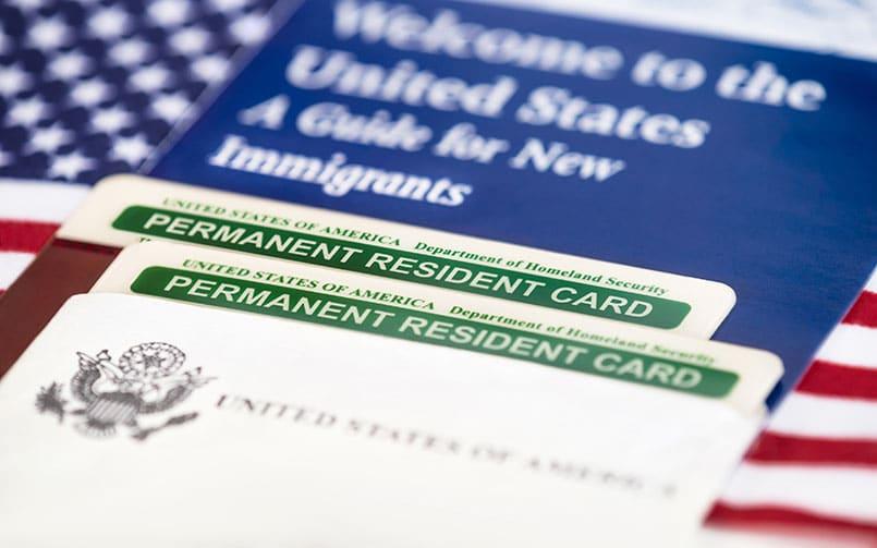 Thẻ xanh 10 năm - thẻ xanh vĩnh viễn và cách thức gia hạn